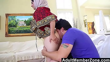Nadia Ali Gets A Mouthful Of Caucasian Dick