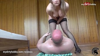 My DirtyHobby Old guy receives a huge squirt on his face by hooker