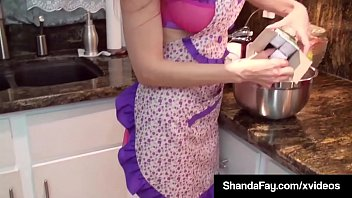 Canadian MILF Shanda Fay Gets A Load Of Jizz On Her Face In the Kitchen!