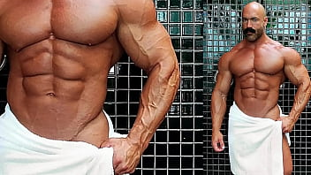 gay muscle' Search - XNXX.COM