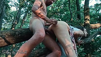 EroticxXxpress goes wild! Squirting, deepthroat and doggystyle in the wood!