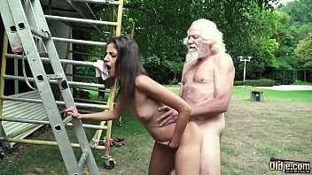 Grandpa puts his cock to the test and tastes his cumshot