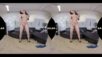 VR Pee porn with Ali Bordeaux sucking on her piss soaked hotpants Virtualpee