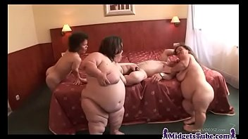Midget Gangbang Party