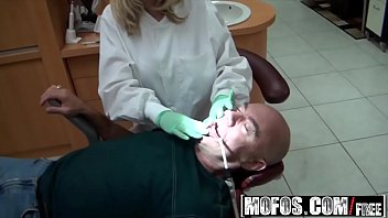 I Know That Girl - Dentists Understand Oral starring  Britney Beth