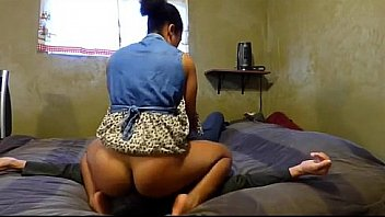 best southafrican face sitting orgasm on cam-more at justebonycam.com