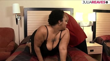 Unbelievable how awesome her fat wobbles while fucking