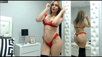 Run your tongue through my tits while you pat my ass- By SamanthaBunny webcam model
