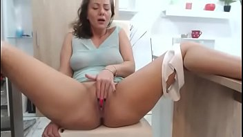 massage to boy by girl sexy images