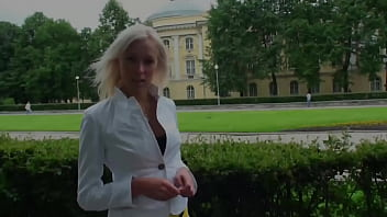 Russian Street Slut Invites Dude Over At Her Place For Anal Destruction