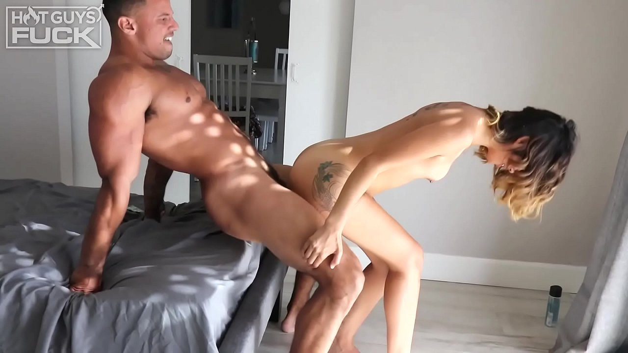 Young chubby fucking porn videos