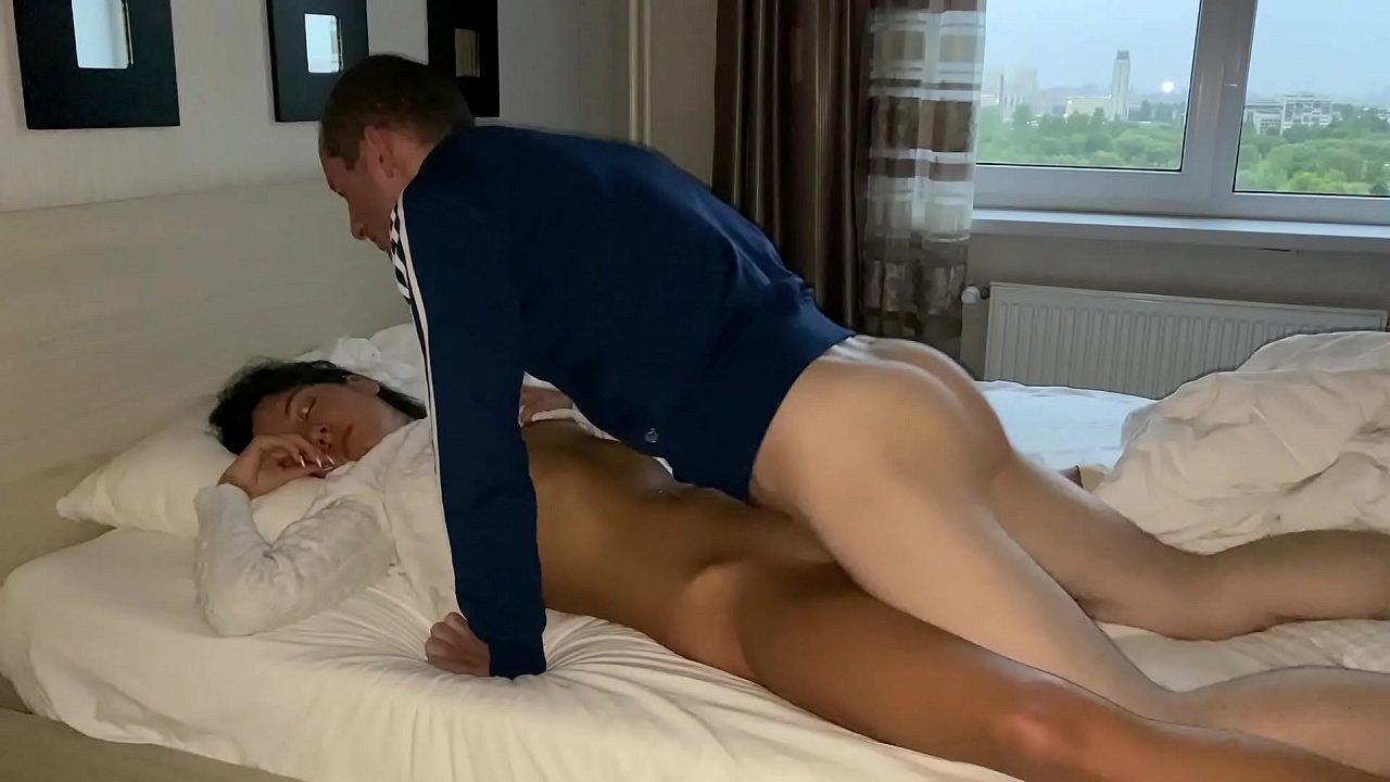 Trans Cumming While Fucked