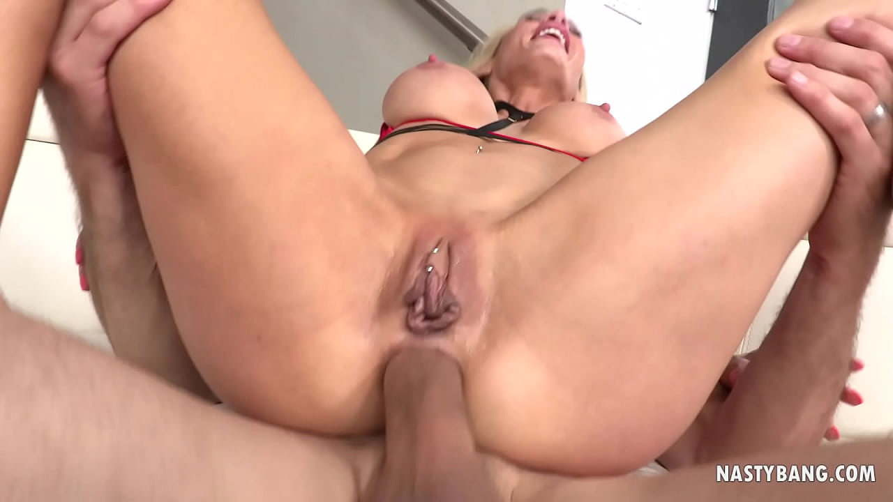 Huge Cock Tight Ass Anal