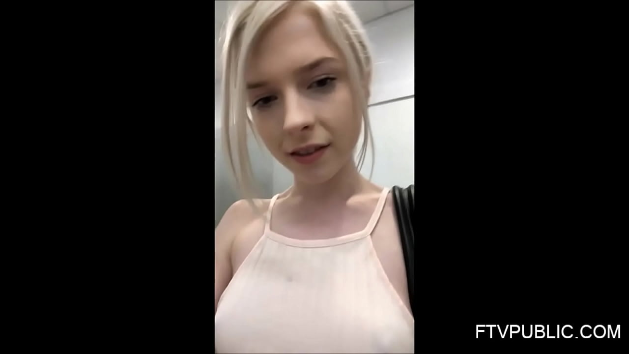 Changing Room Pussy Licking
