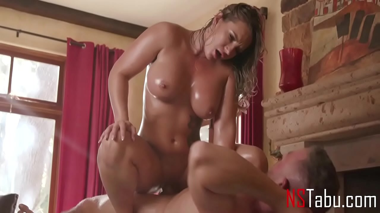 Girl Big Ass Tits Gets Fucked