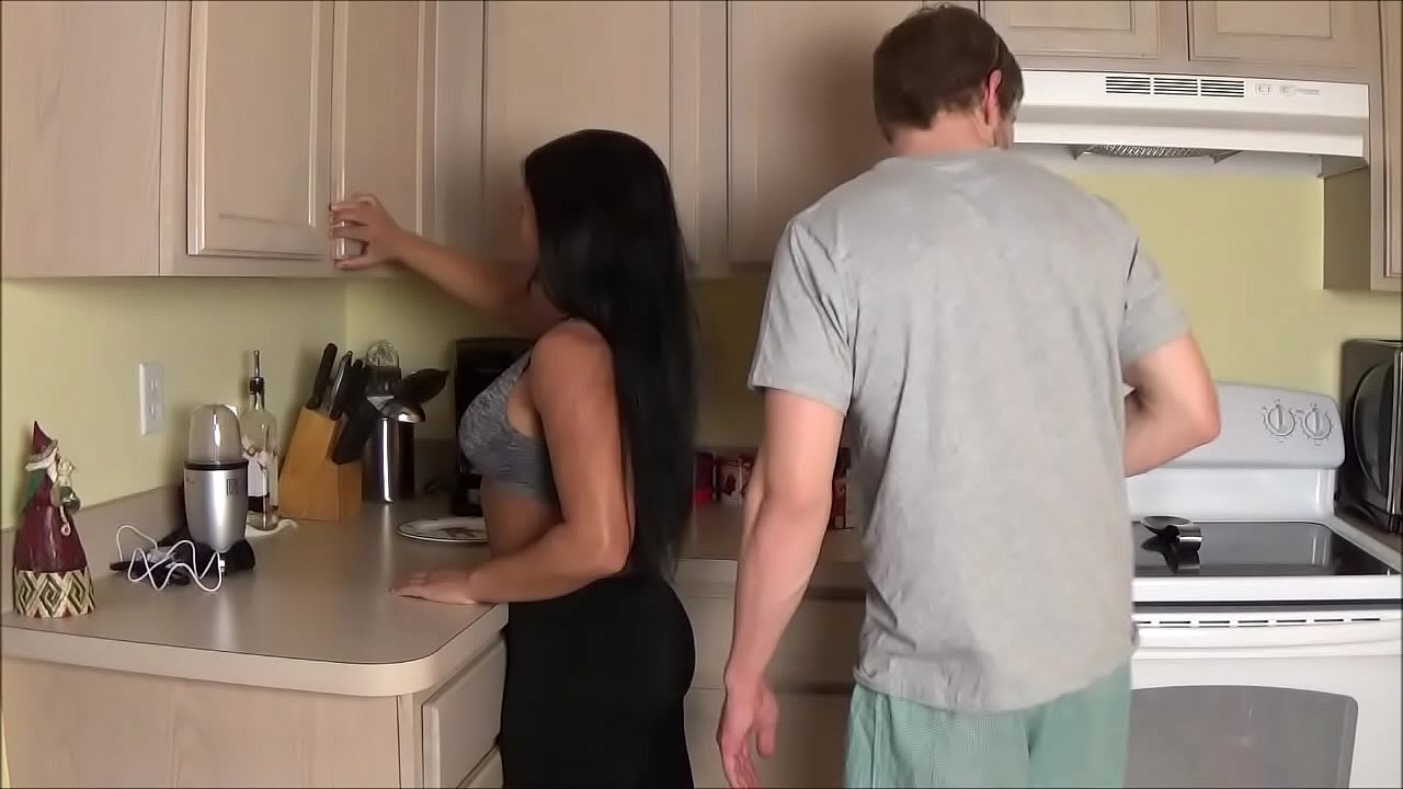 Amateur Mom Catches Son