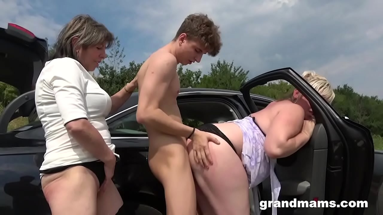 Hitchiking couple gets fucked for ride Horny Grandmas Take Hitchhiker For A Ride Xnxx Com