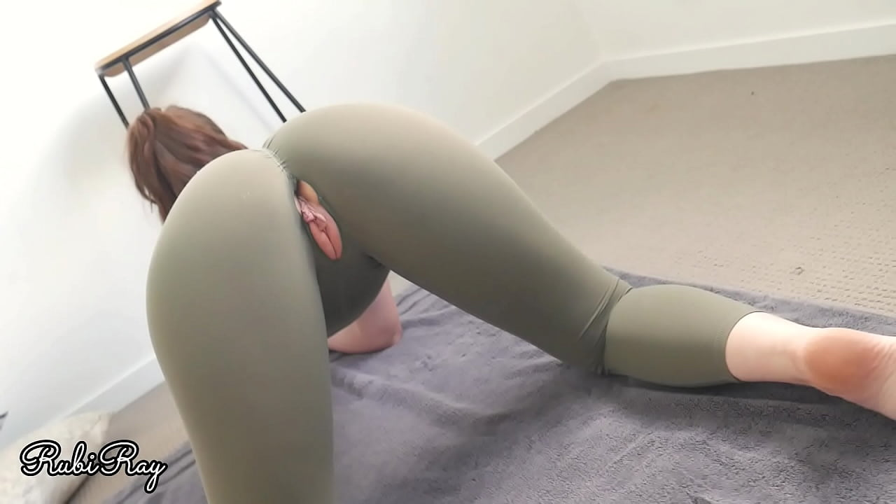 Hot ass in sripped pants fucked He Fucks Me Good In My Ripped Gym Pants Creampie And Best Ass Xnxx Com