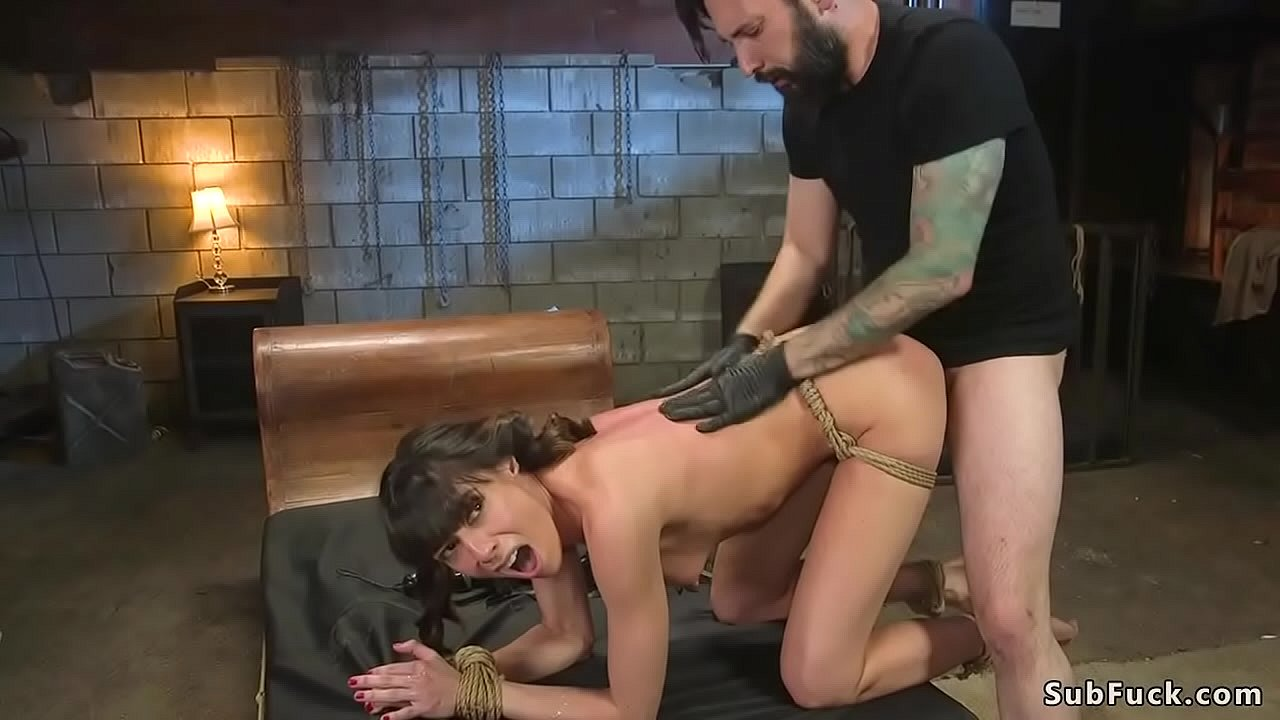 Virgin Playing Her Pussy