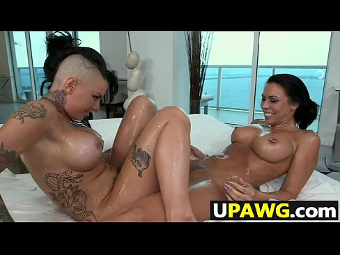 Threesome With Rachel Starr And Christy Mack