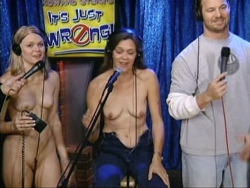 nude photos of howard stern guests