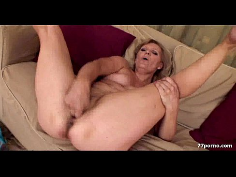 lady masturbating mature Erotic