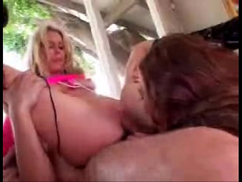 MILF gets fucked and licked then fucked