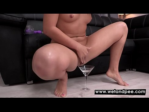 Lick pussy red panties