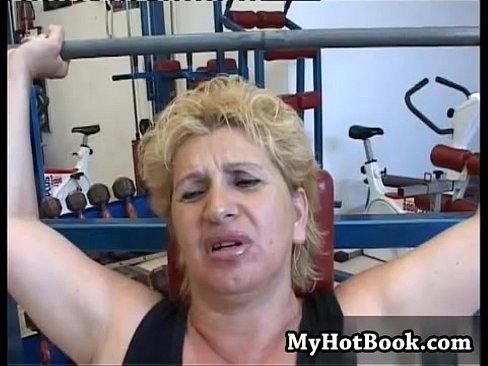 Gym mature porn When This Mature Bbw Goes To The Gym To Workout Xnxx Com