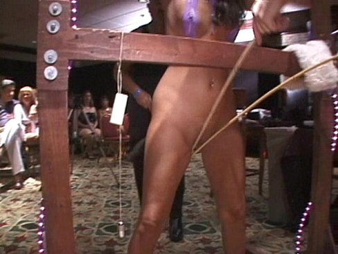 white-strippernaked-wife-spank-suck-waman-sex