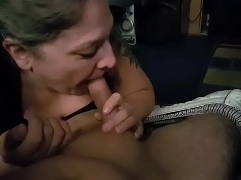 amateur filipinas giving awesome swallowing blow jobs