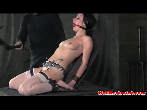 sub in sex bondage basic