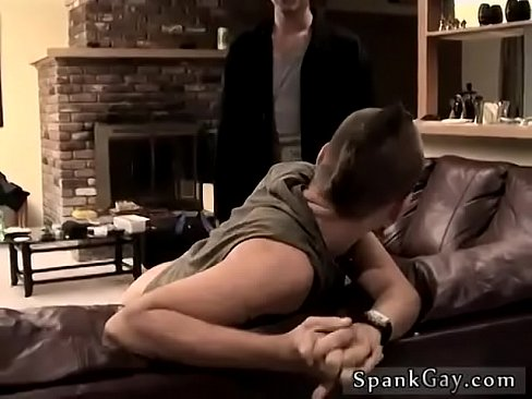 Girl fucks boyfriend while doing splits