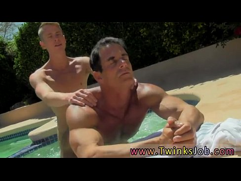 smirf-sexy-naked-men-on-bed-harris