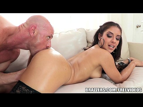 Erotic story first time with tranny
