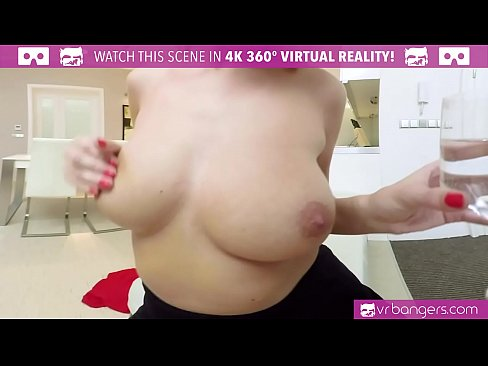VR PORN - Hot Babe Stayed Home Alone