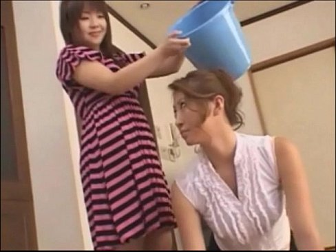 Daughter worship step mom feet 9