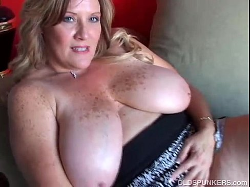 How Old cougars big tits porn difference