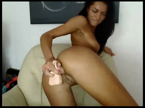 Hot Webcam Babe Loves Dildo Anal Masturbation