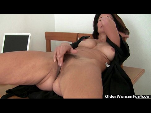 xnxx images old woman