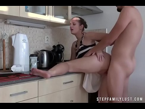 Fucking My Thick Stepsister