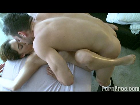 Creep Masseuse Fondles Booty Latina 9