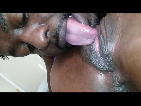 Eating Black Pussy Amateur