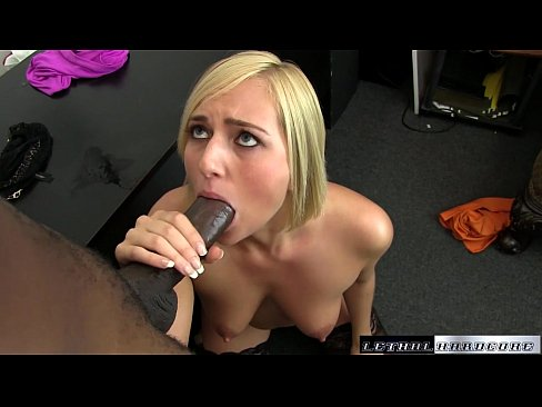 Her First Squirting Orgasm