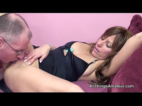 Pleasing matures pussy