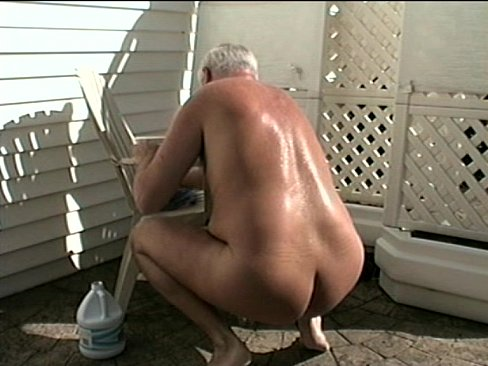DADDY WORKS NUDE OUTDOORS
