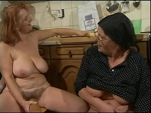 love suck cocks Tätowierte MILF liebt es zu spritzen make your cock