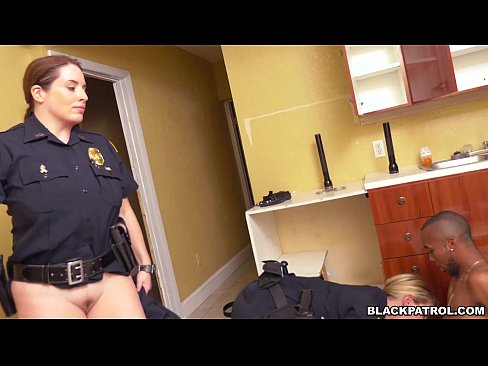 Police woman sucking dick