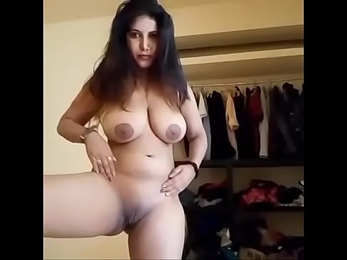 sexy mature mother naked