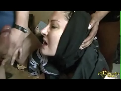 Xnxx hijab picture, miss papua new guinea nude